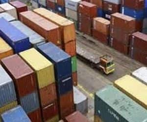 Exports slump 11% in Sept: India's annual exports fell 11 percent to USD 23.7 billion in September, while imports rose 5.09 percent to USD 41.8 billion, leaving a trade deficit of USD 18.08 billion, the government informed on Thursday.