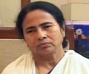 Mamata's political show: Protesting against FDI in retail in particular, a hike in diesel price and cap on LPG cylinders, Mamata Banerjee pulled out of the UPA alliance on Friday. 19 Lok Sabha MPs from the Trinamool Congress (TMC) have submitted their resignation to the government and though, the Congress led government is likely to be in a minority now, Mulayam Singh Yadav's Samajwadi party will prevent it from collapsing.