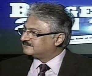 Sanjay Kapoor resigns from Airtel: Sanjay Kapoor, CEO of Bharti Airtel (India and South Asia) has resigned from the company. Gopal Vittal will take over as the head of its Indian operations with effect from March 1, 2013