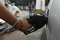 India's petro consumption to grow 6% next fiscal: Moody's