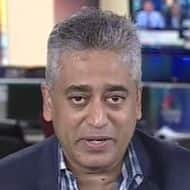 Politicians must acknowledge economic crisis: Sardesai