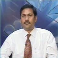 Sell gold, crude, copper & silver on rallies: T Gnanasekar