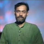 Yogendra Yadav backs Delhi CM Kejriwal, justifies dharna