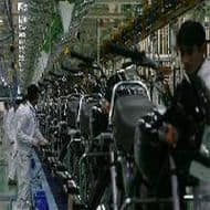 2-wheeler industry to grow 8-9% in FY15; 1-2% in FY16: ICRA