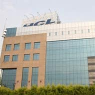HCL Tech Q4 PAT, OPM may contract, $ revenue seen up 3.8%