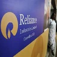 RIL Q4 net up 2% at Rs 5631 cr, GRM rises 22% to $9.3/bbl