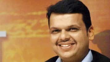 Slashing interest rates will boost economy in big way: Maha CM