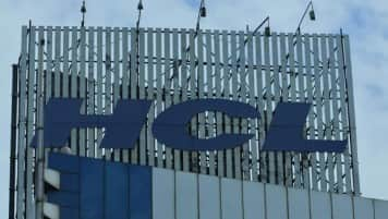 HCL Tech steps up hiring in US, sees no threat from H1B issue