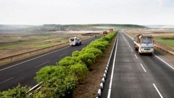 Nitin Gadkari's road construction targets ambitious: Experts