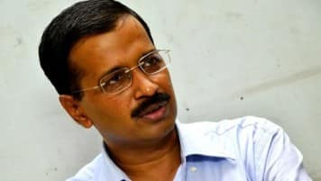 Kejriwal attacks Narendra Modi on Reliance gas price issue