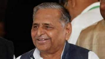 Mulayam approves SP-Cong alliance, will campaign from Tuesday