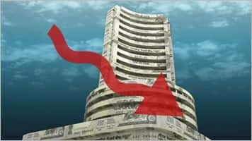 Sensex sinks 200 pts, Nifty holds 8600; Bharti, Hero top gainers