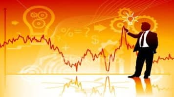 Mkt volatility an opportunity to buy; like pvt banks: Pros