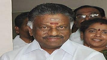 Panneerselvam launches his rebellion against Sasikala