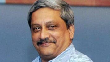 Decision on big ticket def projects likely this yr: Parrikar