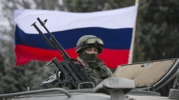 'Storm is coming': Russians still fear crisis
