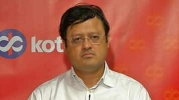 Revenues of telcos to decline; like Aurobindo: Kotak's Prasad
