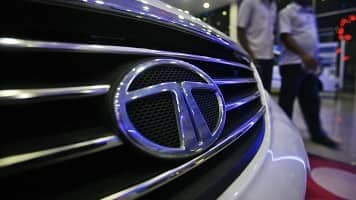 Short Tata Motors, DVR may outperform: Siddharth Bhamre