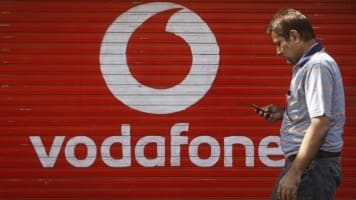 Vodafone, taxman spar at SC over Rs 4,000 cr tax case