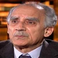 Circumstances to force govt to take rational steps: Shourie