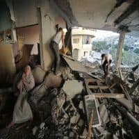 Israel defies global pressure in Gaza, toll tops 770