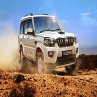 Mahindra Logistics inks pact with IVC to form 2x2 Logistics