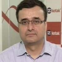 See pre-Budget rally; weak earnings a worry: Kotak's Bhatia
