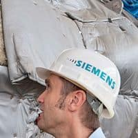 Siemens Q1 profit rises 10-fold on sale of investments