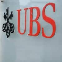 UBS sees strong net new money, CEO remains cautious