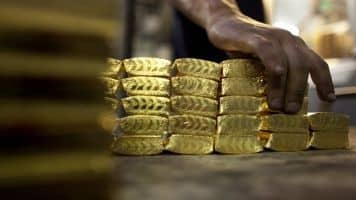 Sell gold, copper & buy crude: Himanshu Gupta