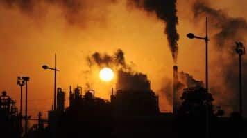 SIAM, environment watchdog at loggerheads over BS-IV roll-out