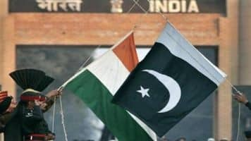 Indo-Pak forum supports Gurmehar; says BJP-RSS 'hounding' her