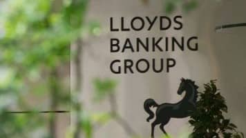 British bank Lloyds says net profit rockets to $2.5 bn