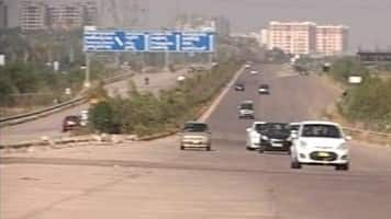 Relax lending norms for road projs:NHAI Chairman to RBI Governor