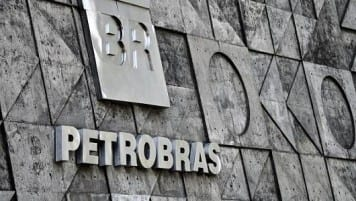 Petrobras loses $9 billion in Q4 in wake of scandal