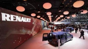 Renault to open plant in Pakistan by 2018: Government