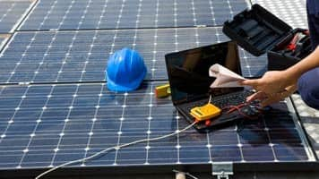 SME policy:'Govt targets solar power tariff of Rs 4 per unit'
