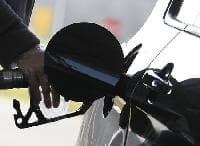 Oil prices close to 2015 highs; market remains oversupplied