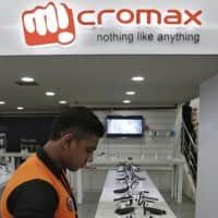 Micromax partners Visa, TranServ for pushing m-commerce