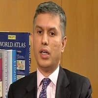 See real turnaround, investment pickup in 12 mnths: Warburg
