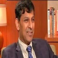 RBI chief  Rajan says not in favour of depreciating rupee