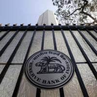 Bks still resisting rate cuts as liquidity row with RBI drags on