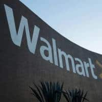 WalMart to add warehouses, boost shipping to compete with Amazon