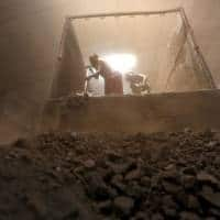 Govt aims to boost low-grade coal sales while global prices high