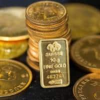 Gold steady; market await Fed minutes