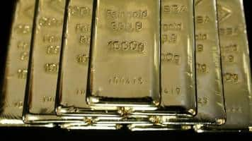 Gold at three-month low after Yellen hints at possible rate hike
