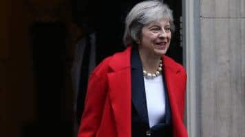 Britain's May sets gracious tone before Brexit briefing