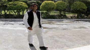 Mulayam does a U-turn, says Akhilesh will be the next CM