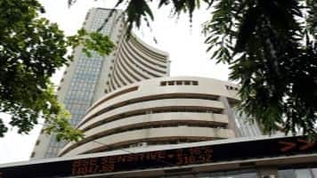 Sensex, Nifty flex muscles; FMCG stocks drag, SBI up 3%