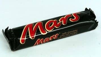 Chocolate giant Mars orders recall of Mars, Snickers bars